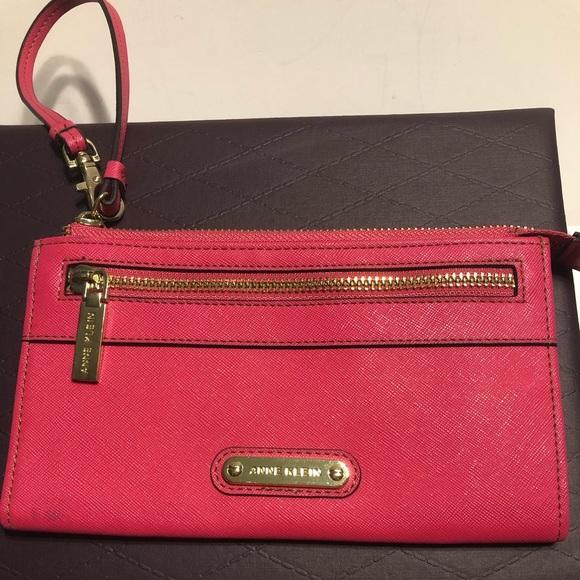 Anne Klein Handbags - Anne Klein pink wristlet